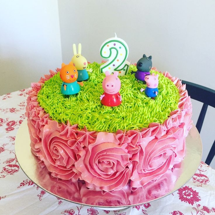 Peppa Pig Birthday Cake--only green or blue flowers instead of pink