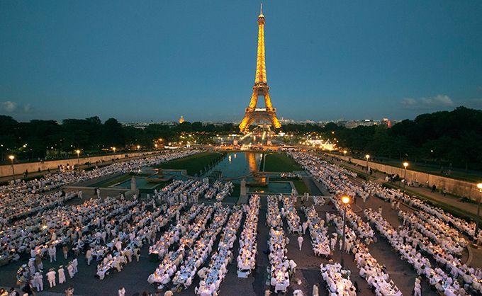 ドレスコード白のシークレット・ディナーパーティー「ディネ・アン・ブラン」が日本上陸の写真40