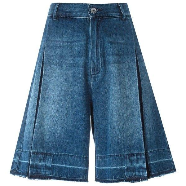 Diesel Denim Bermuda Shorts (500 BRL) ❤ liked on Polyvore featuring shorts, blue, blue denim shorts, denim bermuda shorts, denim shorts, blue shorts and diesel shorts