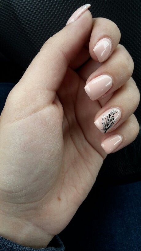 #nailart #nude #feather