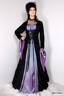 purple and black wedding dresses: Gothic Vampires, Wedding Dressses, Gothic Wedding Dresses, Vampires Dresses, Gothic Dresses, Vampires Medieval, Black Wedding Dresses, Medieval Dresses, Vampires Wedding Dresses