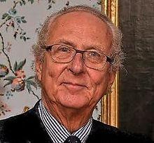 Edoardo <<Prinz von Anhalt>>. Attuale Capo della casata dal 1963, anno della morte del fratello Leopoldo Federico (nato 1938).Figli di Joachim Ernest ultimo Regnante nominale del Ducato