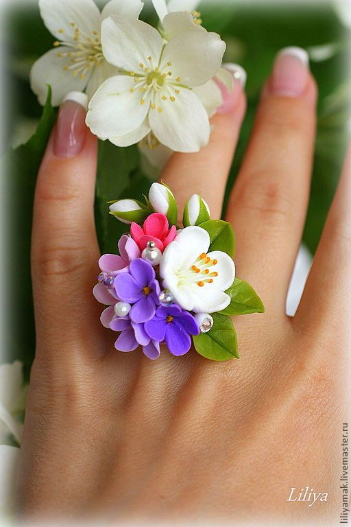 """Колечко с цветами """"Любимой"""" - кольцо с цветами,весна,свадебное украшение"""