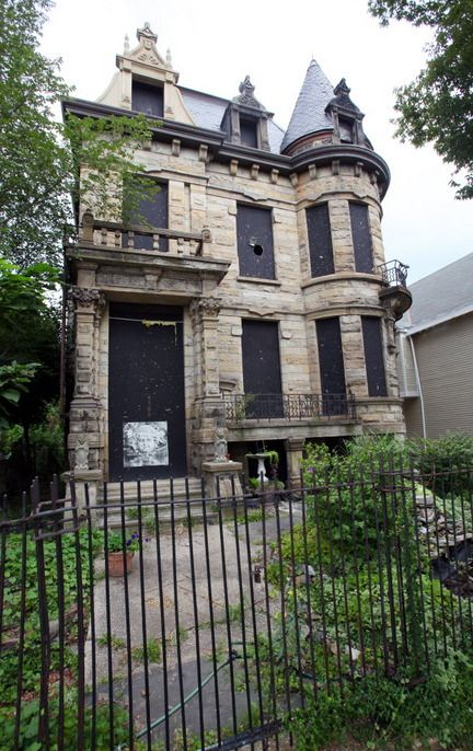 12 best images about franklin castle on pinterest for Building a home in ohio