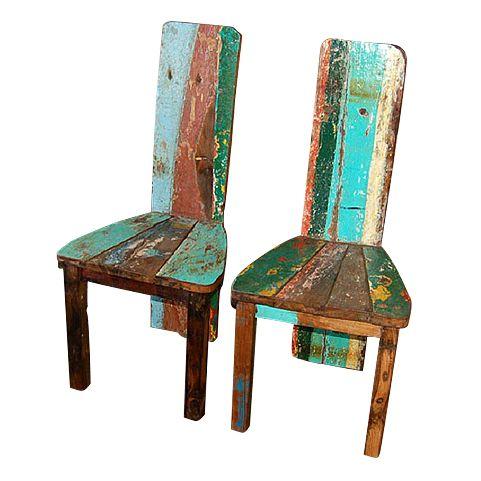 Стул выполнен из фрагментов старых рыбацких лодок, сохранен оригинальный окрас, покрыт шеллаком.             Метки: Кухонные стулья.              Материал: Дерево.              Бренд: Teak House.              Стили: Лофт.              Цвета: Бирюзовый, Зеленый, Коричневый.