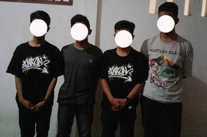 Tribratanewsmagelangkota.com – Perbuatan tidak terpuji dari ke empat pelajar SMK Maarif Salaman tidak boleh di tiru. Berawal ketika 4