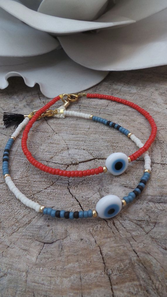 Beaded charm bracelet.Beaded evil eye bracelet. Skinny bracelet. Minimalist bracelet. Good luck bracelet. Stacking bracelet.