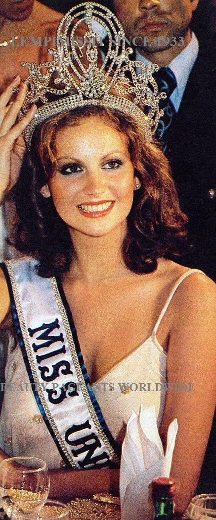 Miss Universo 1978 Margaret Gardiner , de Woodstock , Sudáfrica es la ganadora del concurso Miss Universo de 1978. Ella tenía 18 años cuando ganó el concurso. Terminó ganando el concurso después de responder a la pregunta final. Pushpa Padayichie