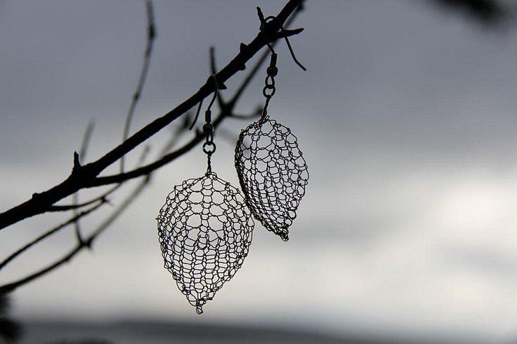 wire crochet earings Wonderful DIY Wire Crochet Jewelry [Free Pattern]
