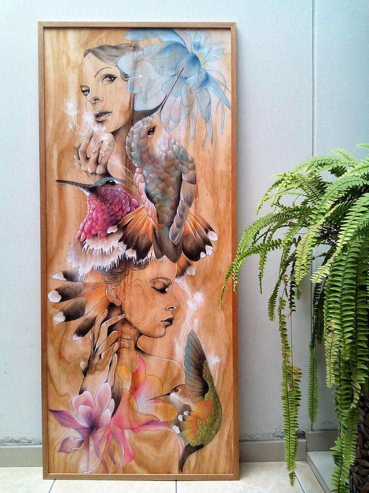 https://www.facebook.com/CarolCuibin/photos/a.642804422508696.1073741830.642629435859528/968232906632511/?type=3&theater COLIBRÍ (acrílico, tinta china, pastel sobre madera de pino)
