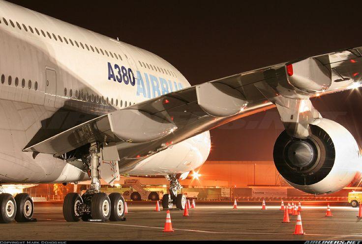 A380-841 LAX ....