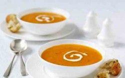 mrkvova-polievka-so-smotanou