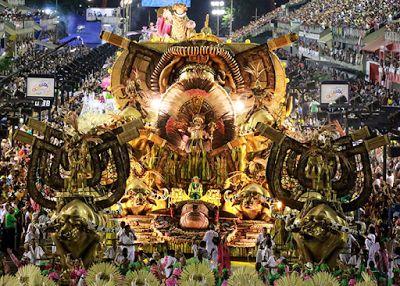 ACONTECE: TV Brasil transmite desfile da Mangueira neste sáb...