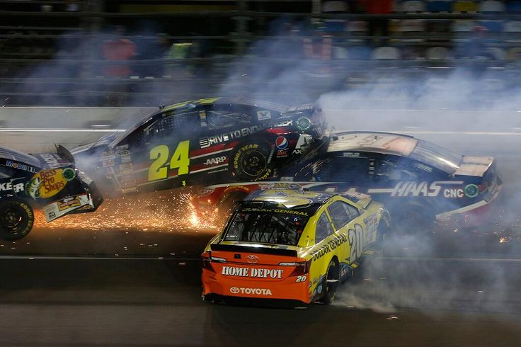 Big wreck!  All of Tony Stewart's 4 cars are out, FOX SPORTS: NASCAR @NASCARONFOX  · now   VIDEO: @mattkenseth starts #SprintUnlimited wreck, @Ricky Stenhouse Jr hits @Danica Patrick                           now                         VIDEO: @mattkenseth starts #SprintUnlimited wreck,...