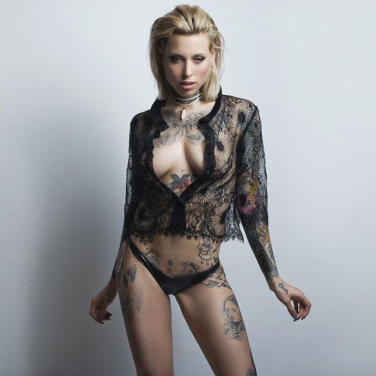 @lucie.clement x @fabouphotographer x @aswissstring x @maudandmarjorie_lingerie @maudandmarjorie x @livbambina  ----------------------------------------- #lucieclement #fabou @h2oceanmodels #h2oceanmodels #maudandmarjorie #aswissstring