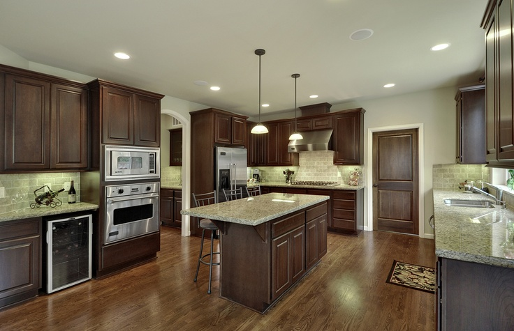 High end kitchen with bosch and viking appliances for for High end appliances for sale