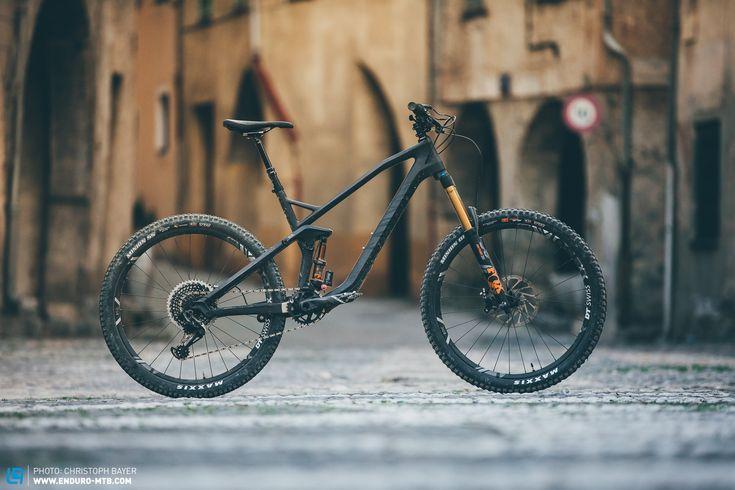 Canyon Strive CF 9.0 Review | ENDURO Mountainbike Magazine