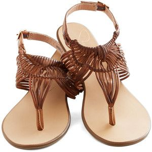 Prairie Grass Sandal in Brown