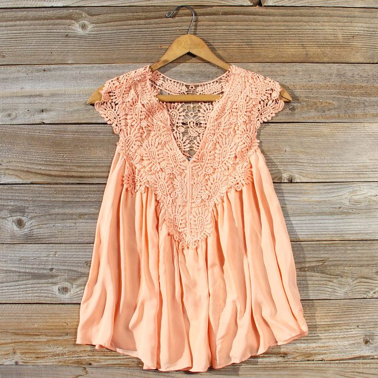 Shaded Peach Top... Gorgeous lace details adorn this boho blouse. Shop: www.spool72.com