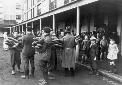 Paris 1942 Jews | Drancy, France, Distribution of Bread in the Camp,