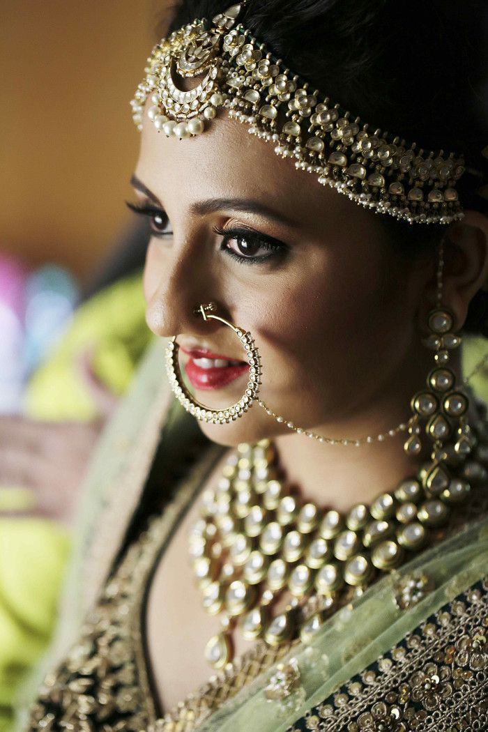 Jewellery - The Royal Bride! Photos, Hindu Culture, Beige Color, Bridal Makeup, Mangtika, Antique Jewellery pictures, images, vendor credits - The Lalit, Royal Caterers, Just Men Just Kidding, Pakhi Makeup Artist, Papa Dont Preach, Shantanu and Nikhil, WeddingPlz