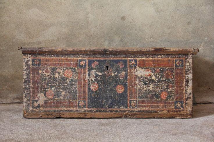 Antieke beschilderde Italiaanse kist - Unieke Meubelen - Collectie - Inndoors