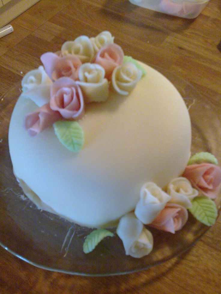 A traditional Norwegian wedding cake with marsipan, made for our 10 years anniversary.