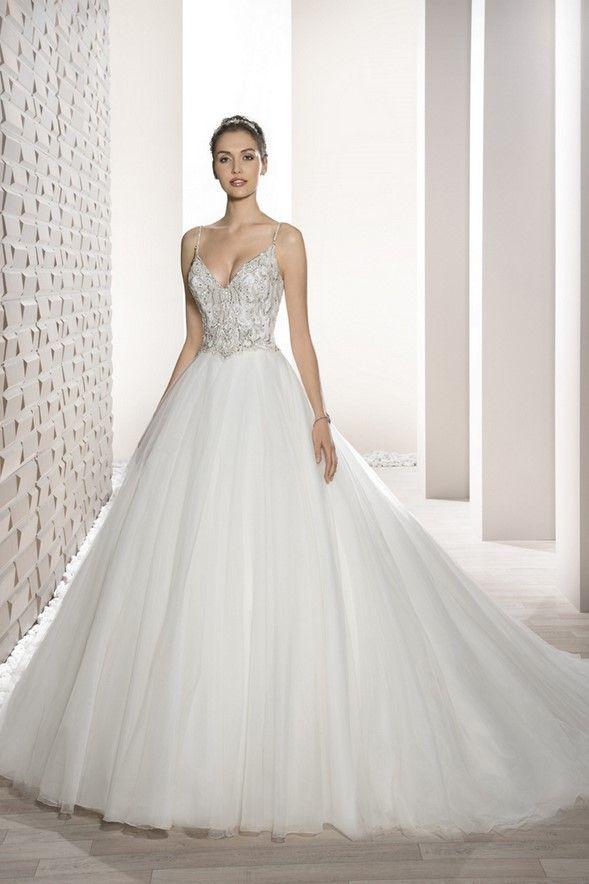 Νυφικά Φορέματα Demetrios Collection - Style 723