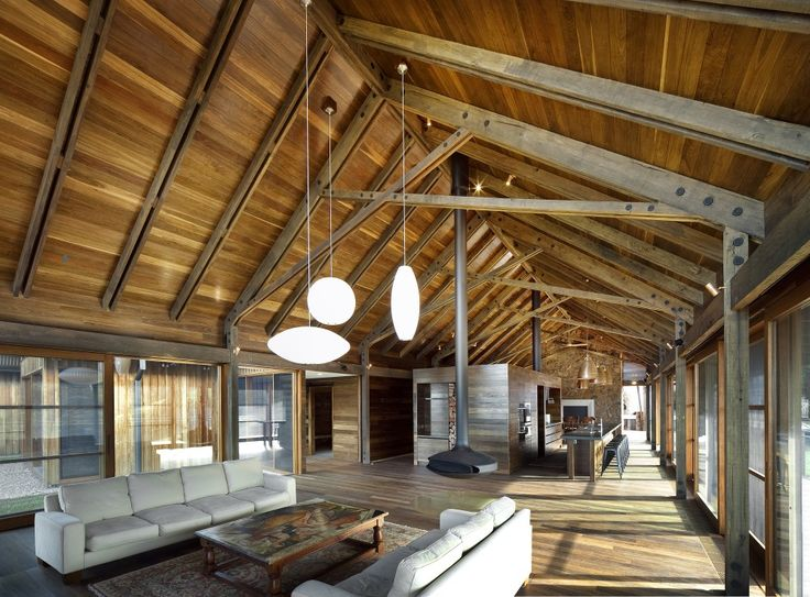 Altogether too much timber for me, but I love the vaulted ceiling, the volume and the kitchen cube.