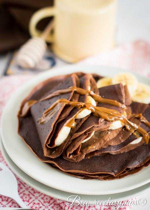 Crep s de chocolate rellenos de pl tano y dulce de leche for Como hacer crepes de chocolate