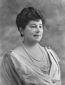 Emma Orczy - Wikipedia