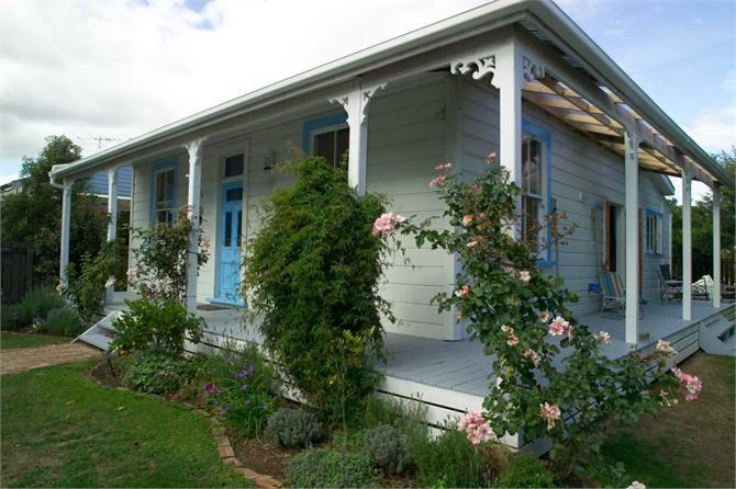 Lacoste Cottage
