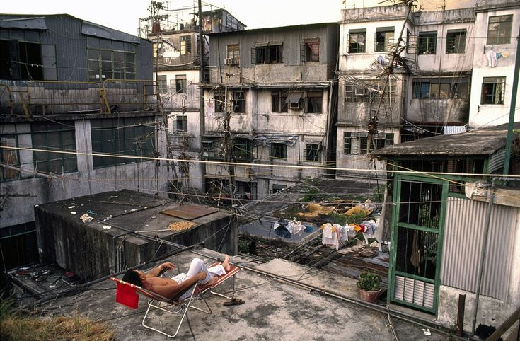 Kowloon Walled City, Hong Kong: Because of the smelly, humid conditions down below, the rooftops of Kowloon would turn into a communal hangout during the afternoons and evenings. People would hang out, do laundry or homework, or practice instruments.