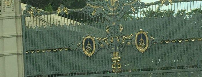 Sukho Thai Palace is one of Piyamin's Liked Places.