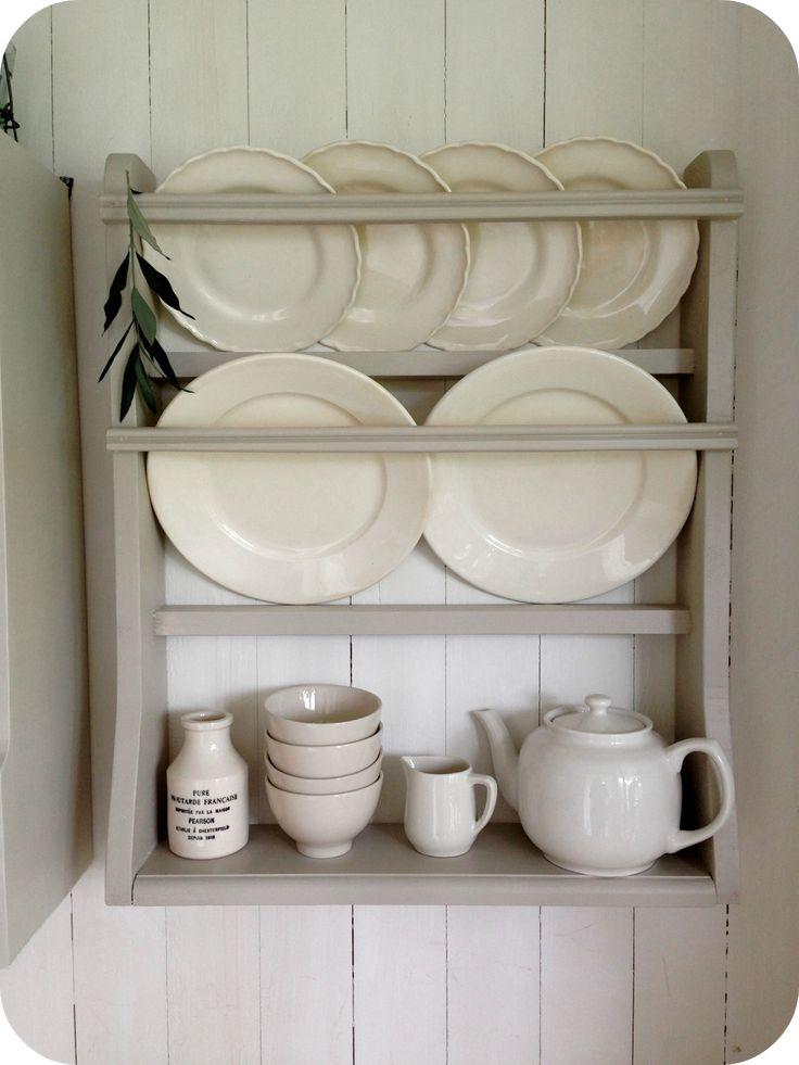 Gör-det-själv tallrikshylla ~ DIY plate rack