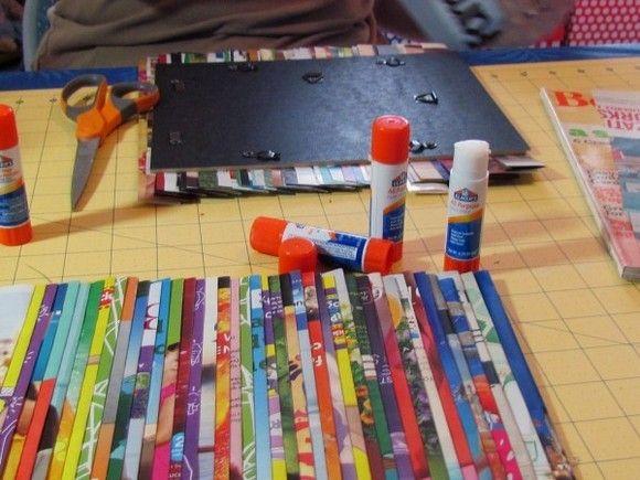 como-fazer-quadro-com-revistas-recicladas