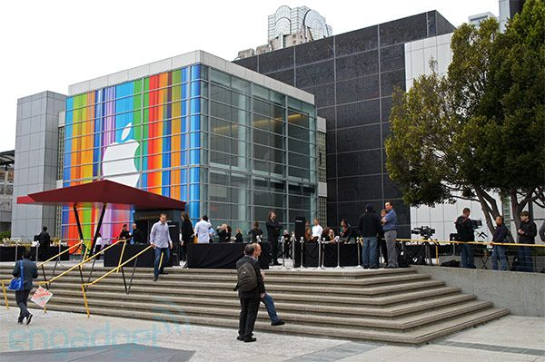 Just one hour to go until Apple's launch event, here's the scene in San Francisco