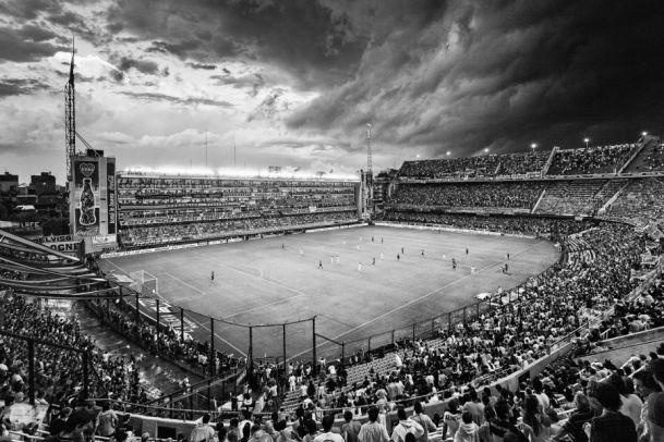 Bombonera en blanco y negro por arielgm - Los Jugadores - Fotos de Boca Juniors, Fotos de Boca Juniors. Comparte tus fotos de Boca, de la hinchada xeneize, jugadores de la selección, partidos, ...