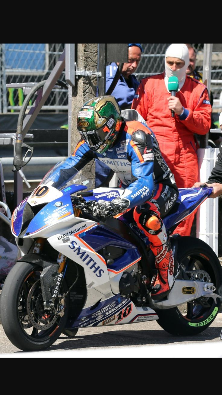 Attrayant Peter Hickman Leaving The Pits On His Smiths Racing BMW TT 2017. Fantasy  WarriorRoad RacingRally CarMotogpBmwMotorcyclesBikingBicyclingCycling Tours
