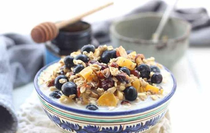 Bircher Muesli with Blueberries and Apricots