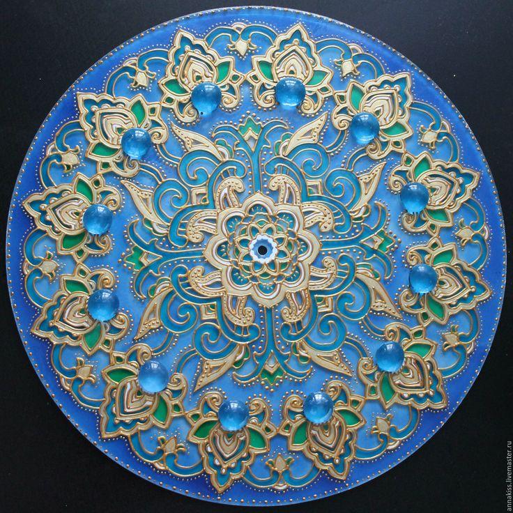 """Купить Часы настенные """"Сказка"""" - васильковый, мандала, часы настенные, Роспись по стеклу, узоры, орнамент"""