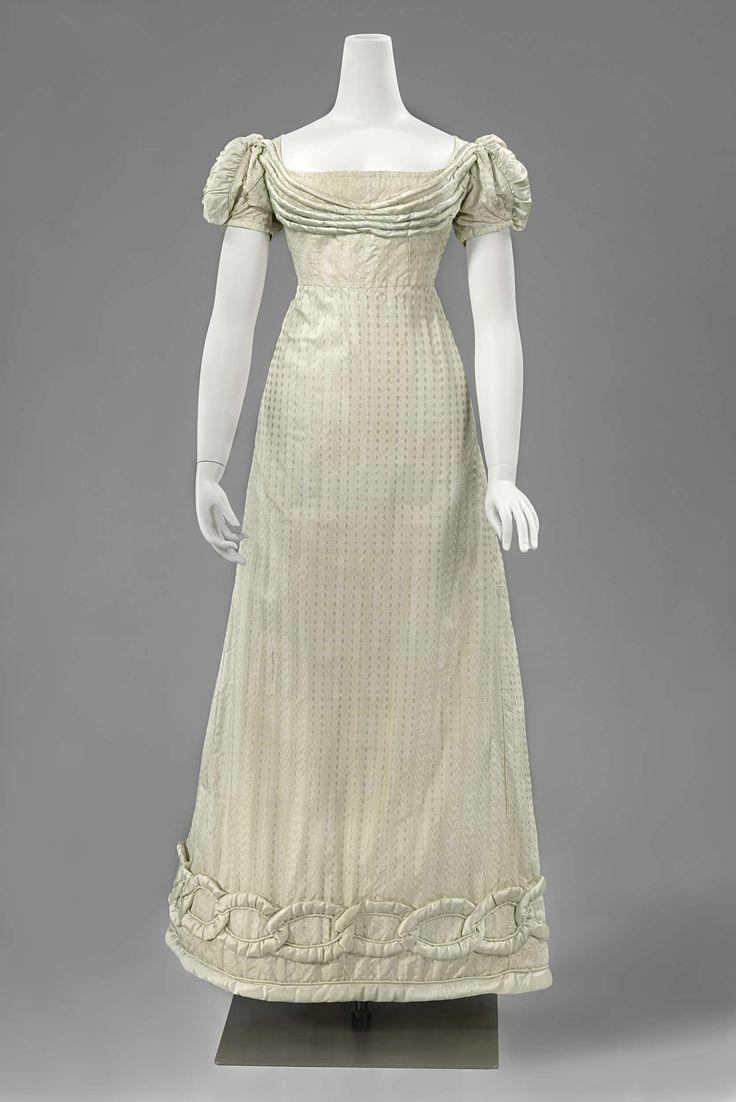 Dress in very light blue silk, ca 1815