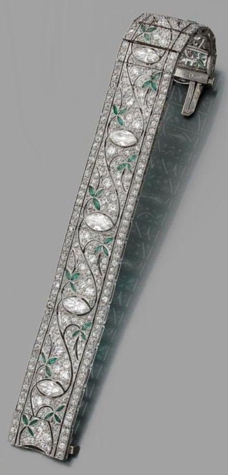 An Art Deco platinum, diamond and emerald bracelet, circa 1930. #ArtDeco #bracelet