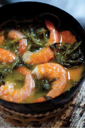 Tacacá (a soup made from jambu - a mouth-numbing indigenous herb - tucupi, and dried shrimp) - Belem, Brazil  Que saudades disso!!!!! Pelamor... Égua!