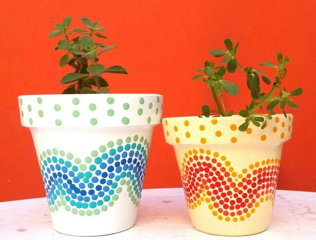 Waves. Olas. Hand painted flowerpots. Macetas pintadas a mano. Facebook: A'cha Pots. achapots@hotmail.com