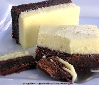 J'ai pris la recette sur le site de C'est simple, c'est maison.  La texture de la base au chocolat ressemble de près à celle d'un brownie. S...