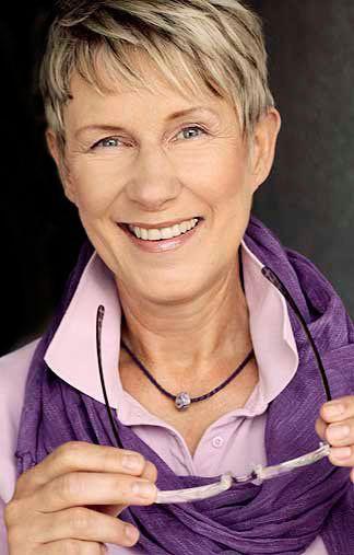 ute - grau - blonde Haare - blaue Augen - Greens Modelagentur