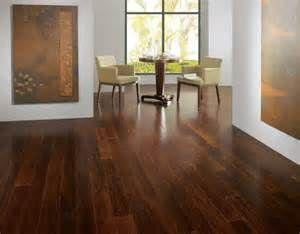 Pesquisa Como remover cera do carpete. Vistas 15339.