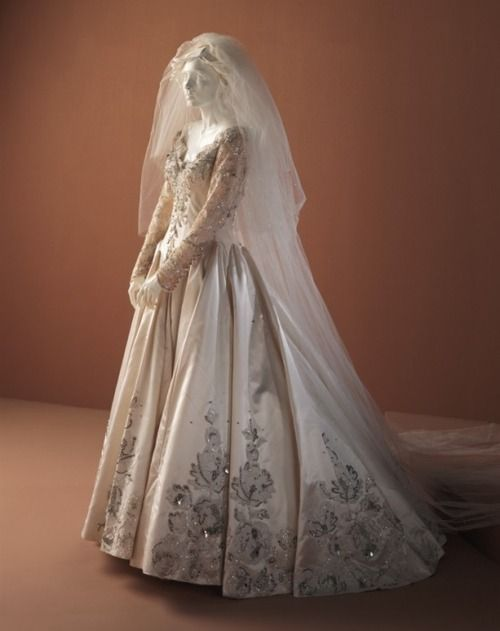 Vintage Wedding Dresses Los Angeles : Best wedding gowns images on