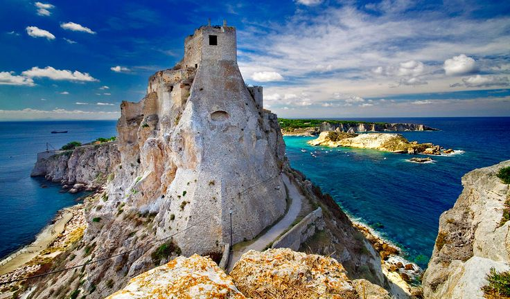 Isola di San Nicola, Tremiti Islands, Apulia – Beautiful Italian small islands    #TuscanyAgriturismoGiratola